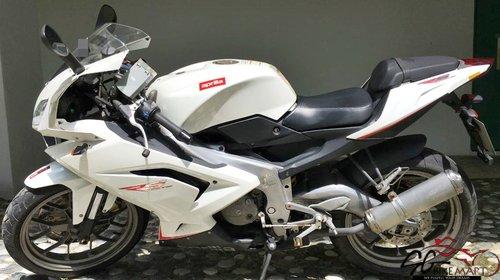 moto1_s9nze2h.JPG.500x500_q85_watermark.